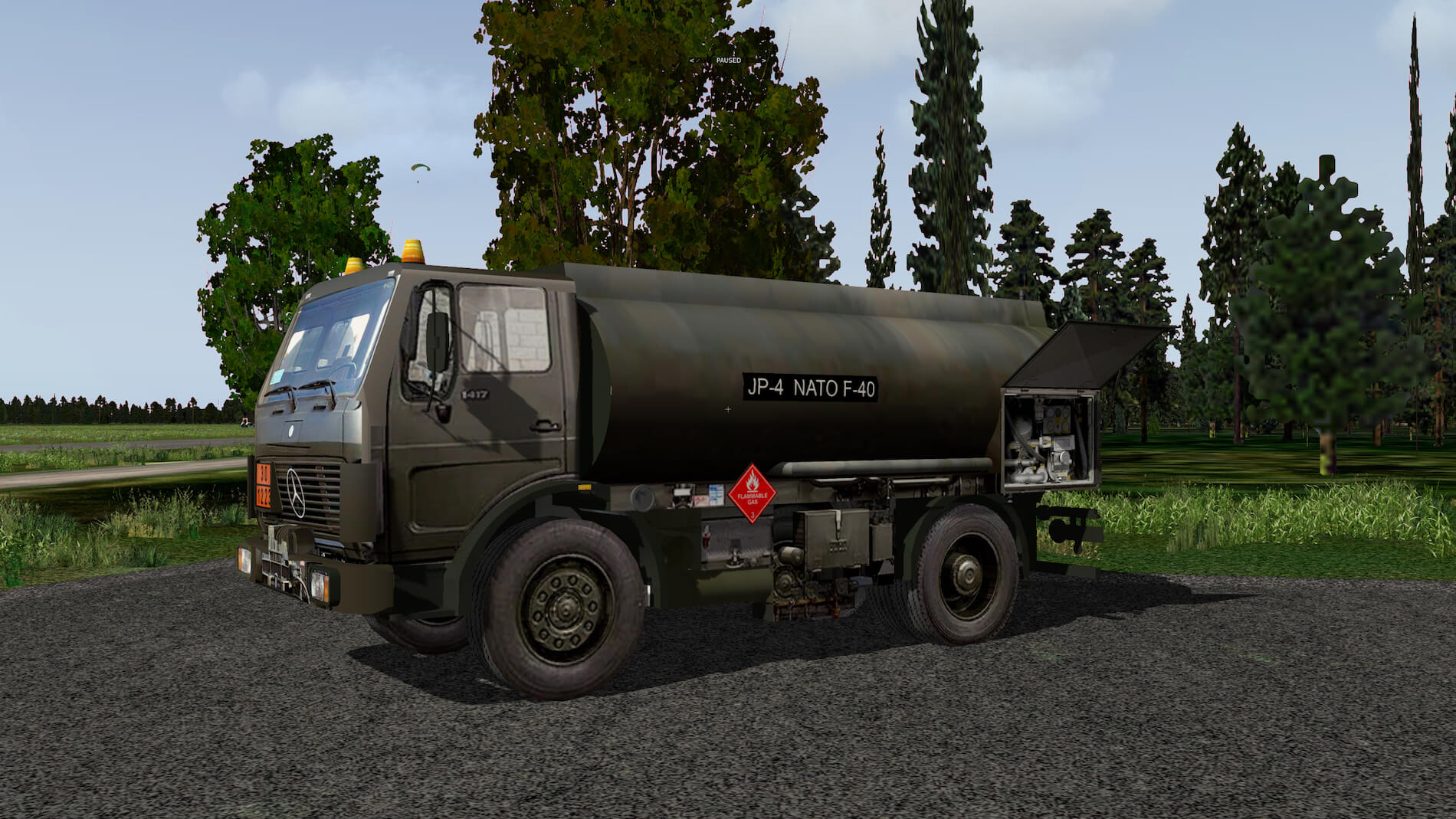 Military-Mercedes-Refuel-truck-04