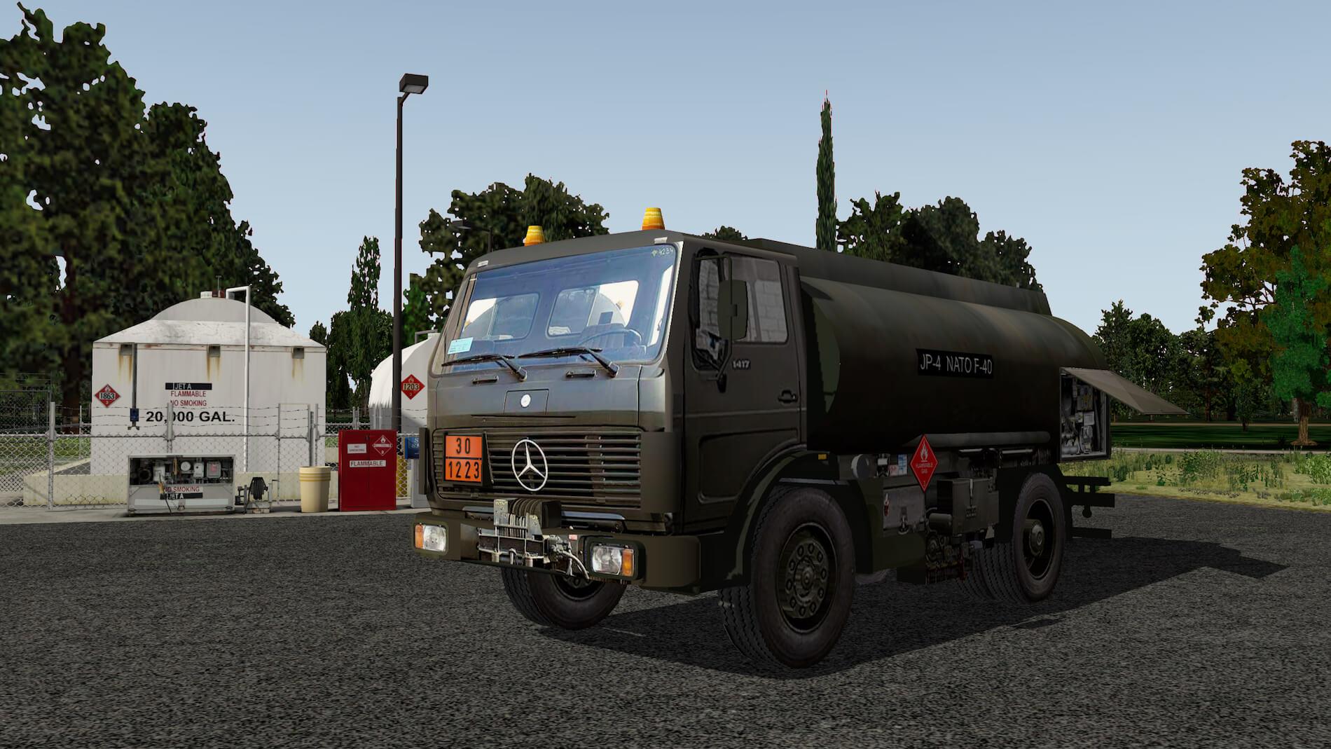 Military-Mercedes-Refuel-truck-08
