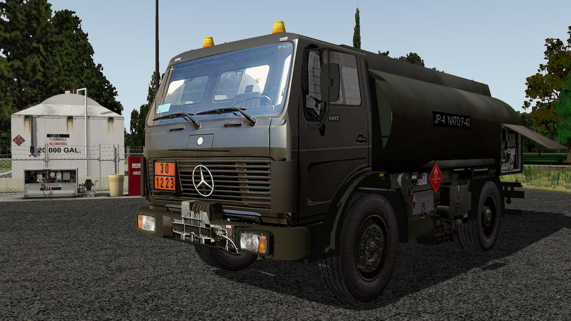 Military-Mercedes-Refuel-truck-09