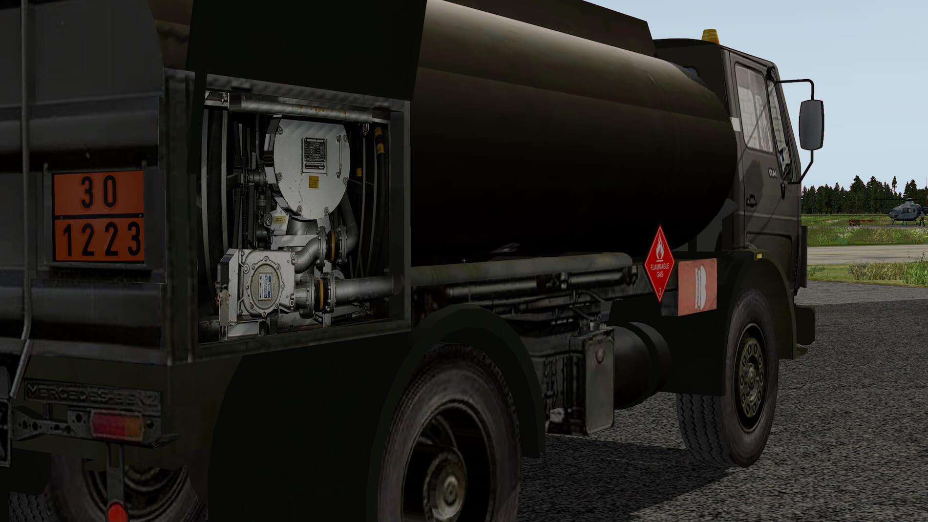 Military-Mercedes-Refuel-truck-12