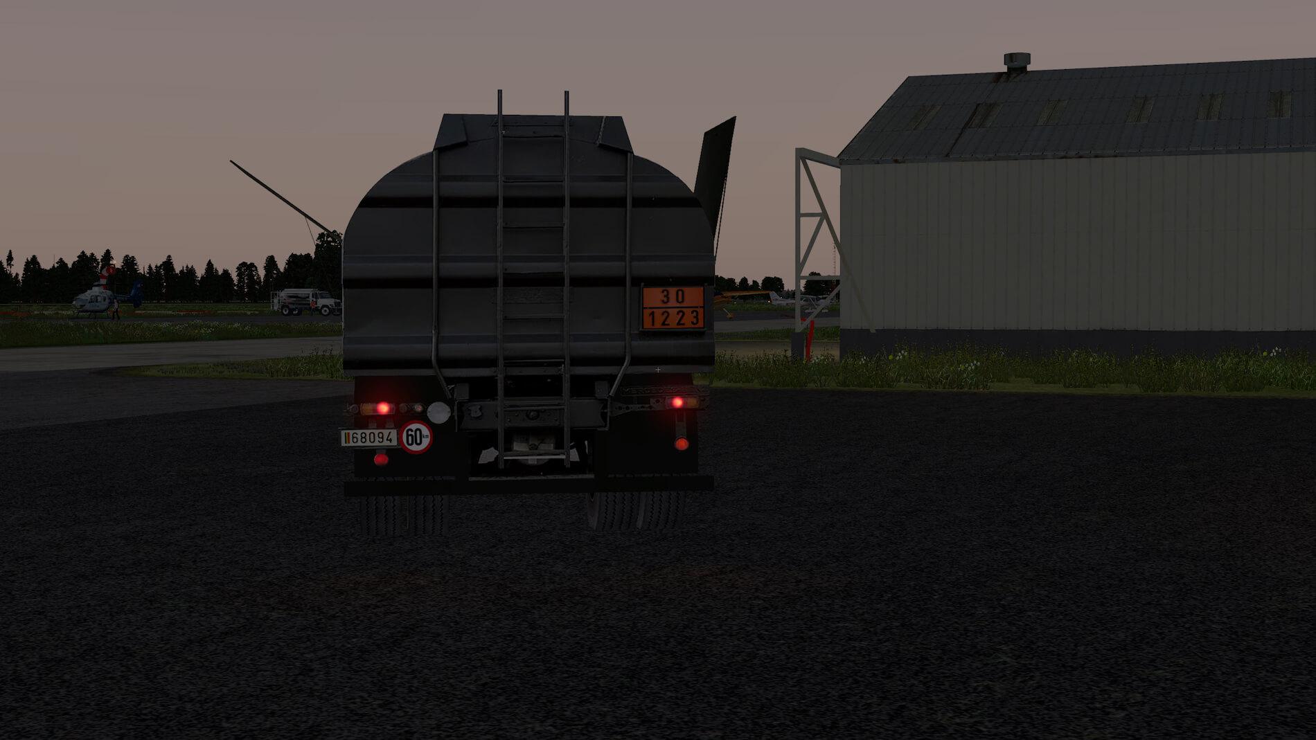 Military-Mercedes-Refuel-truck-13