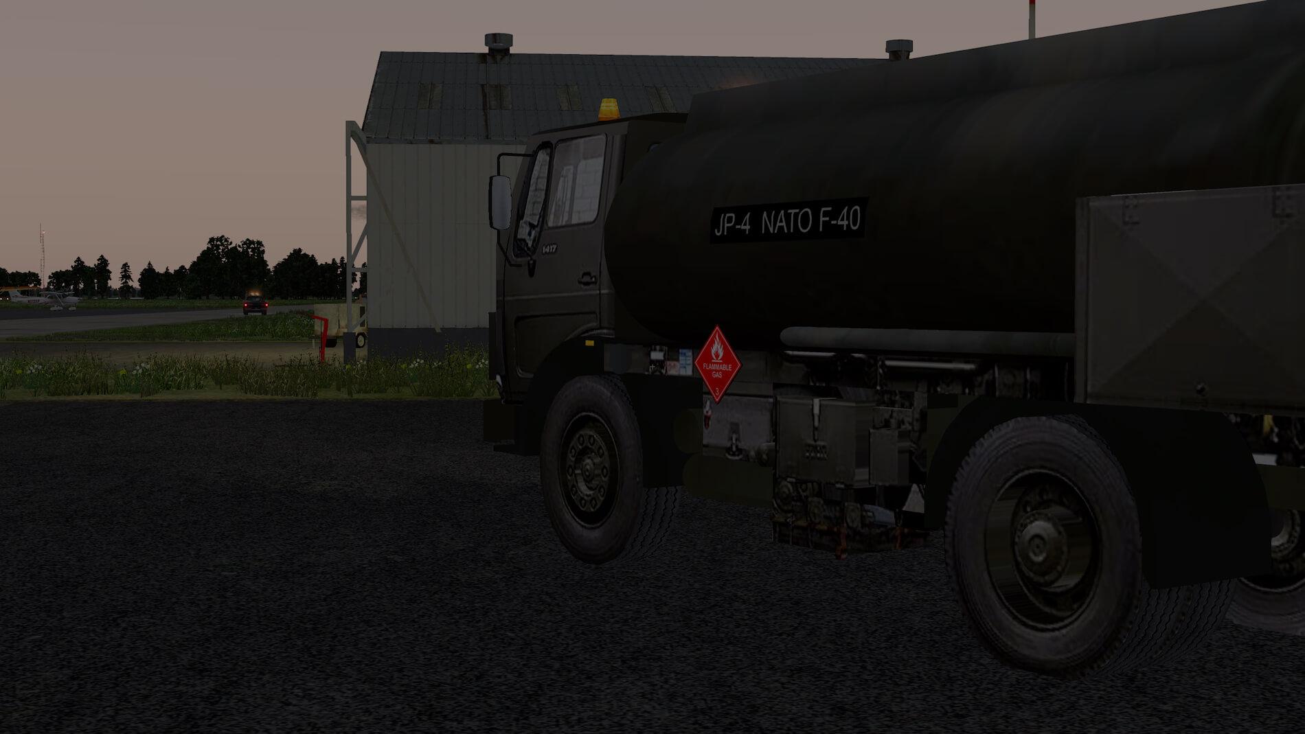 Military-Mercedes-Refuel-truck-15